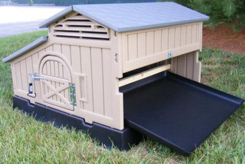 Snap Lock Standard Chicken Coop for 4-6 Chickens