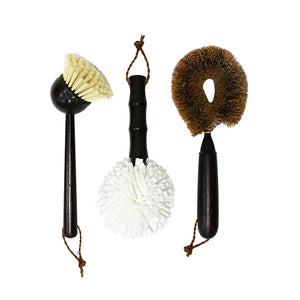 set of 3 farmhousstyle dish brushes