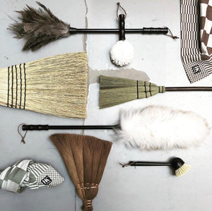 Set of dust brushes