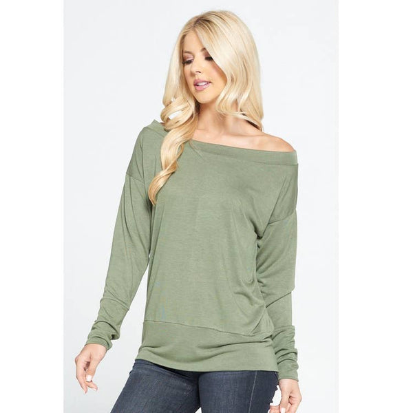 Off shoulder sweater - green