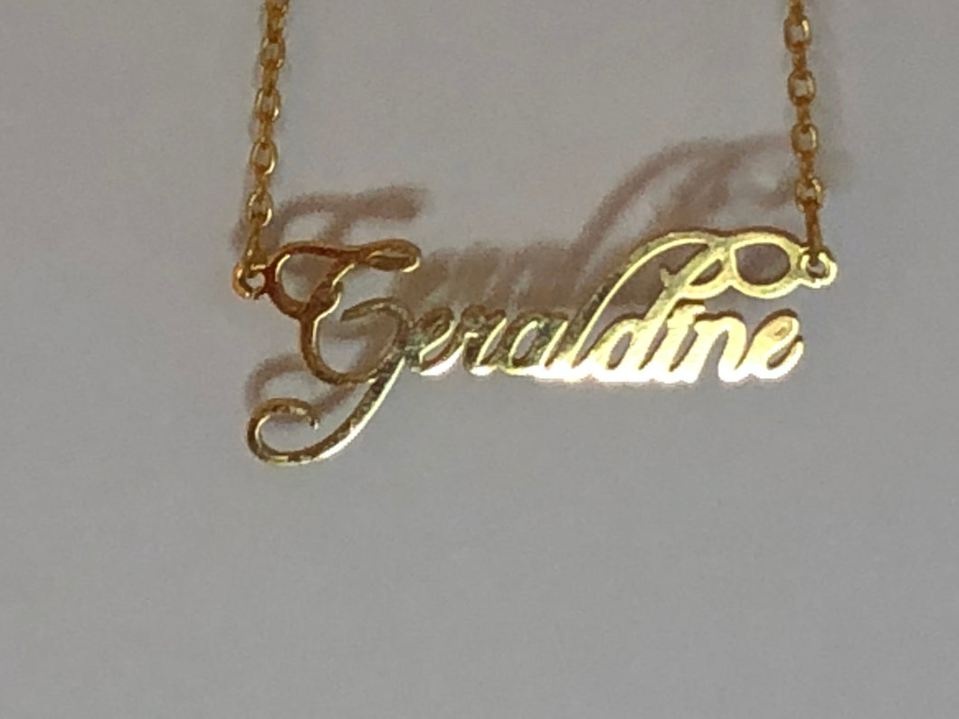 Classic Personalized Gold Necklace