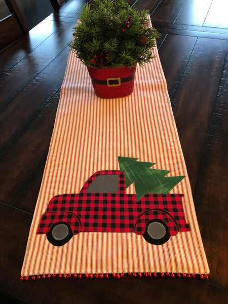 Trucking Through The Holidays Table Runner Kit