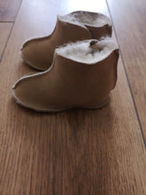 Load image into Gallery viewer, Sheepskin Baby Slippers - Chestnut