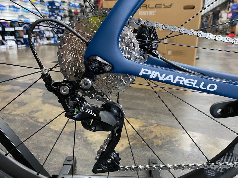 Pinarello Paris Disk Shimano 105 - Blue Steel 2021
