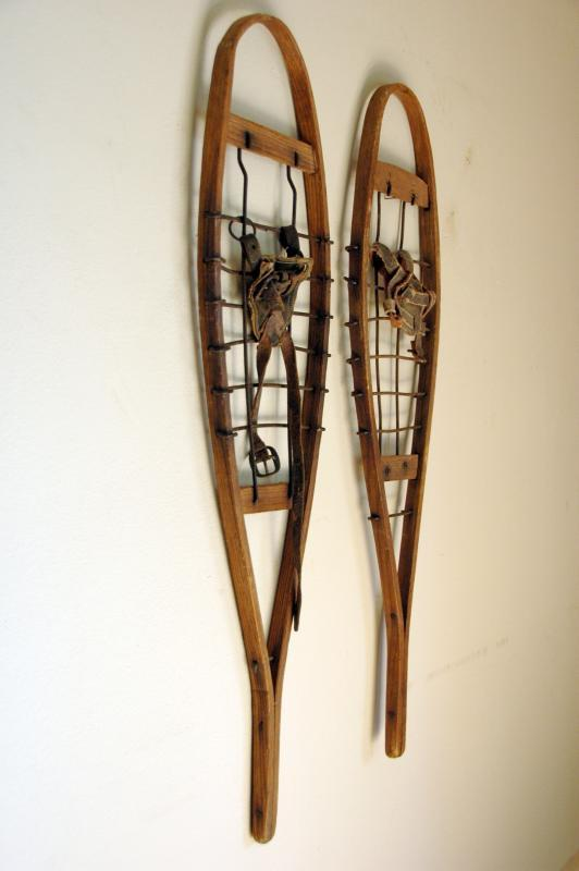 Antique Trapper Snowshoes - Sap Shoes