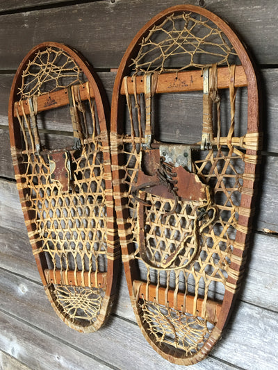 Vintage 10th Mountain Division Bear Paw Snowshoes