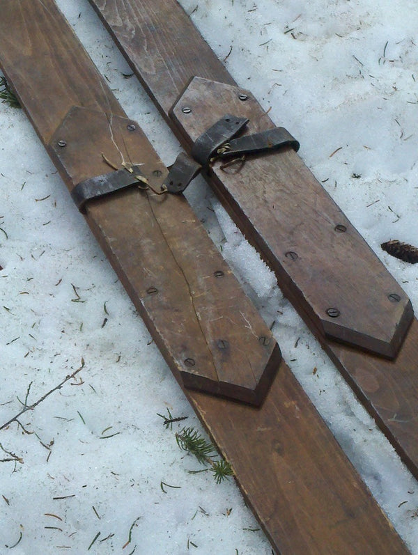 Vintage Skis with Diamond Foot Plate