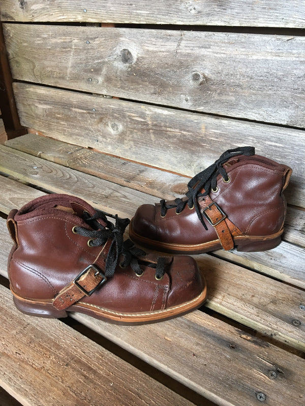 Children's Size Vintage Leather Ski Boots
