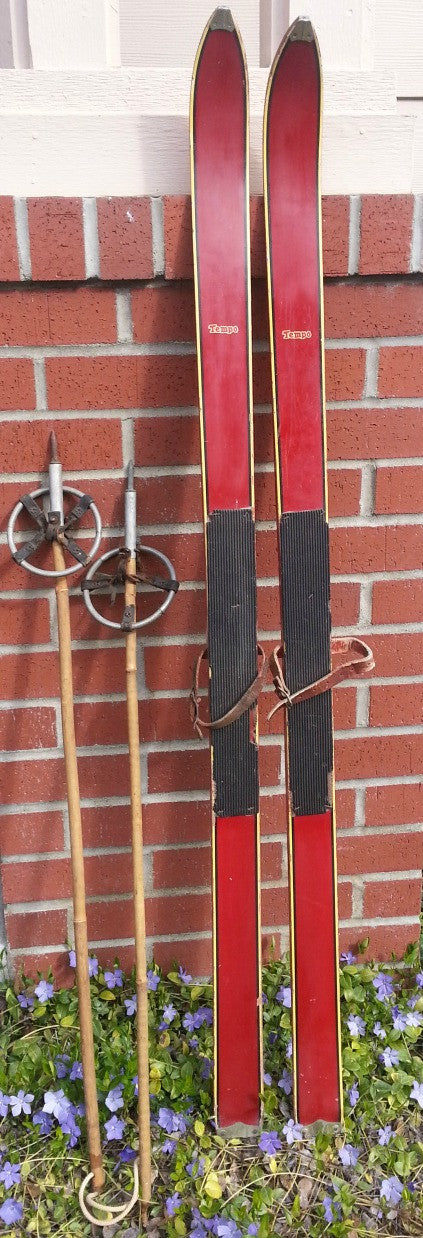 vintage childs skis with bamboo poles