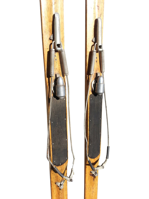Vintage Northland Skis