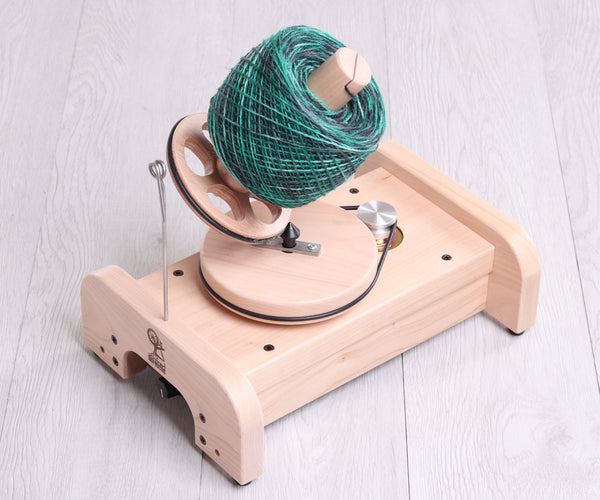 Ashford eBall Winder (Electric winder)