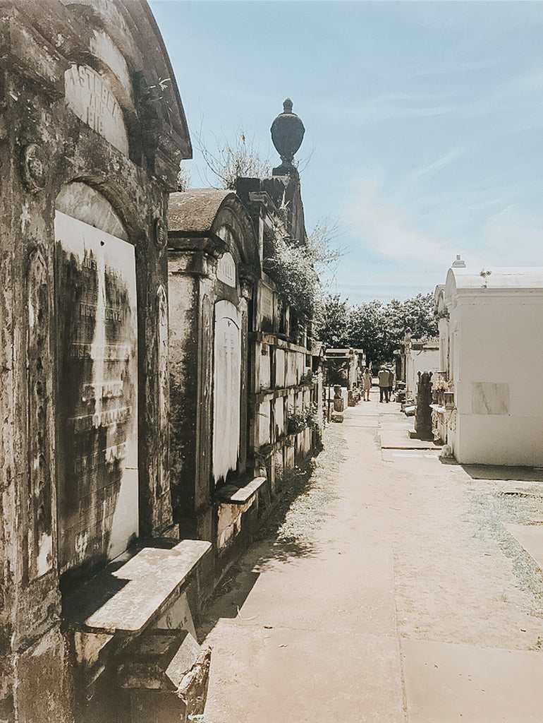 new orleans cities of the dead lafayette cemetery