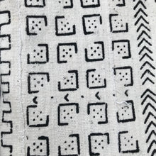Load image into Gallery viewer, Two White Domino Mudcloth Pillow Covers - souks du monde