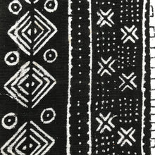 Load image into Gallery viewer, Mudcloth Blanket Throw Black - souks du monde