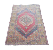 "Load image into Gallery viewer, Turkish Vintage Rug  3'7"" x 5'6"" - souks du monde"