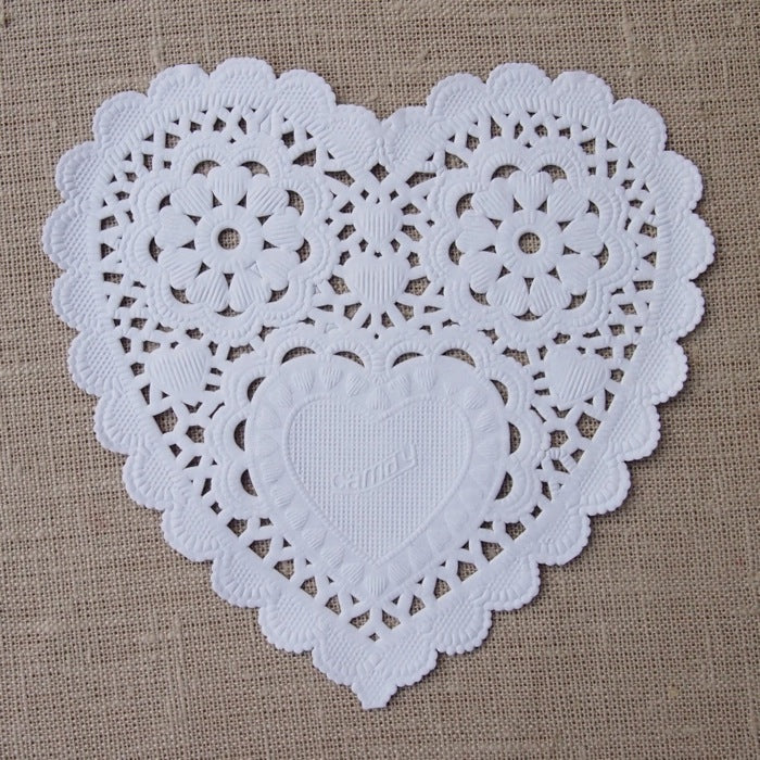 Medium White Heart Doilies
