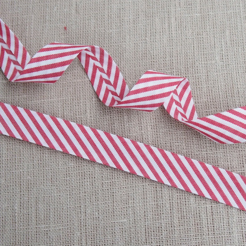 Red Stripe Bias Binding -18mm