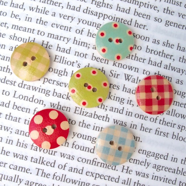 Gingham & Spots Wooden Buttons - Vintage