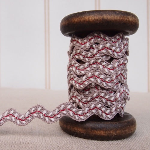 Embroidered Taupe Ric Rac - 10mm