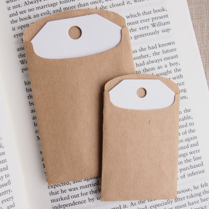 White Tags & Kraft Envelopes