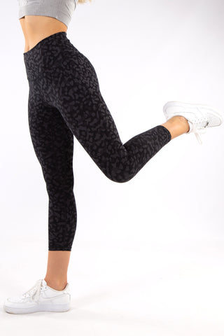 Image of Gym Bunny Animal instincts leggings  - Leopard