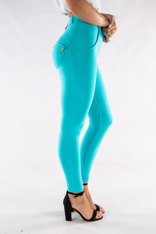 Image of Butt lifting stretch pants - Tiffany blue