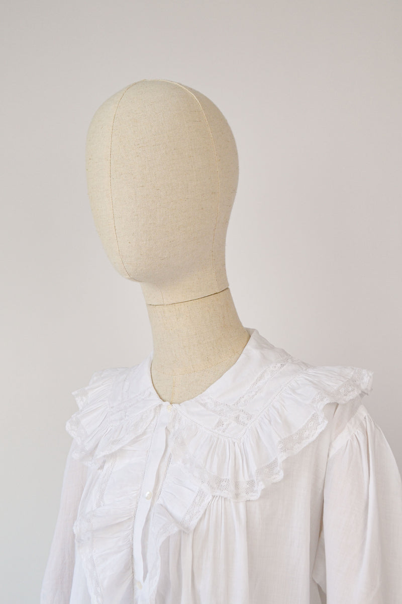 1910s Antique Victorian cotton blouse with lovely lace details- Size M