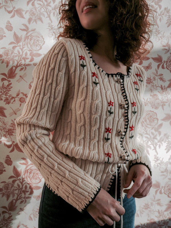 1980s Vintage austrian ivory cable knit cardigan - Size M