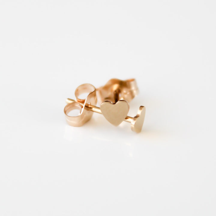 Mini Gold Heart Studs - Evie Atelier