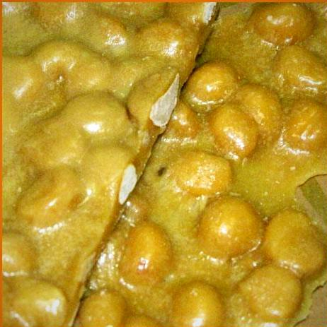 Macadamia Nut Brittle 1/2 pound bag