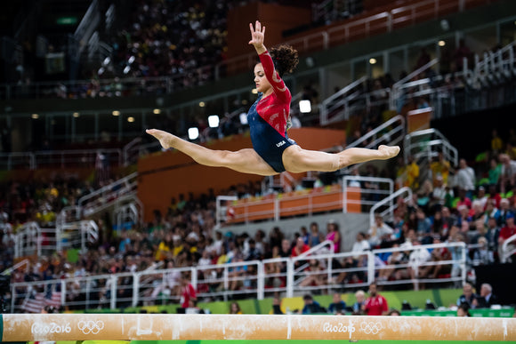 Laurie Hernandez Returns to Competition as Gymnastics Returns to the National Stage | US Glove