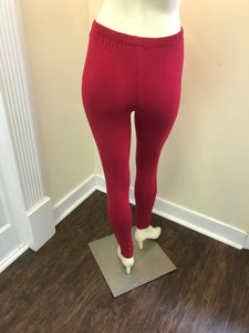 Knee Out Leggings