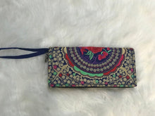 Load image into Gallery viewer, Handmade India Print Clutch