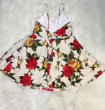 Load image into Gallery viewer, Flare Floral Dress