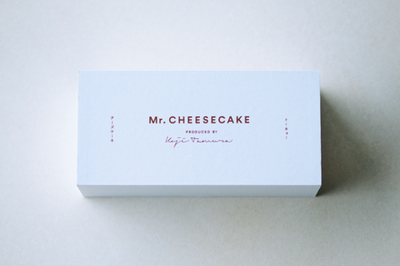 Mr. CHEESECAKE with Box
