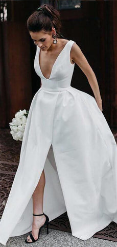 products/WEDDING_DRESS_bdc0c083-cd08-4597-991d-0881108e92e9.jpg