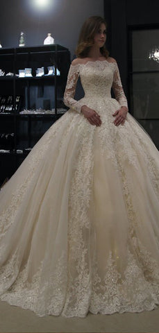 products/WEDDING_DRESS_d97f8b38-d248-443d-9806-bf75005ff0d4.jpg
