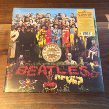 Load image into Gallery viewer, The Beatles - Sgt Peppers Lonely Hearts Club Band
