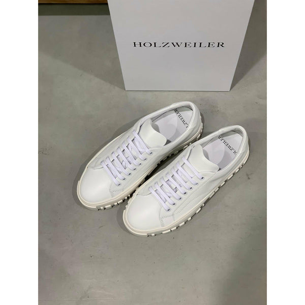 Stovner White Shoe