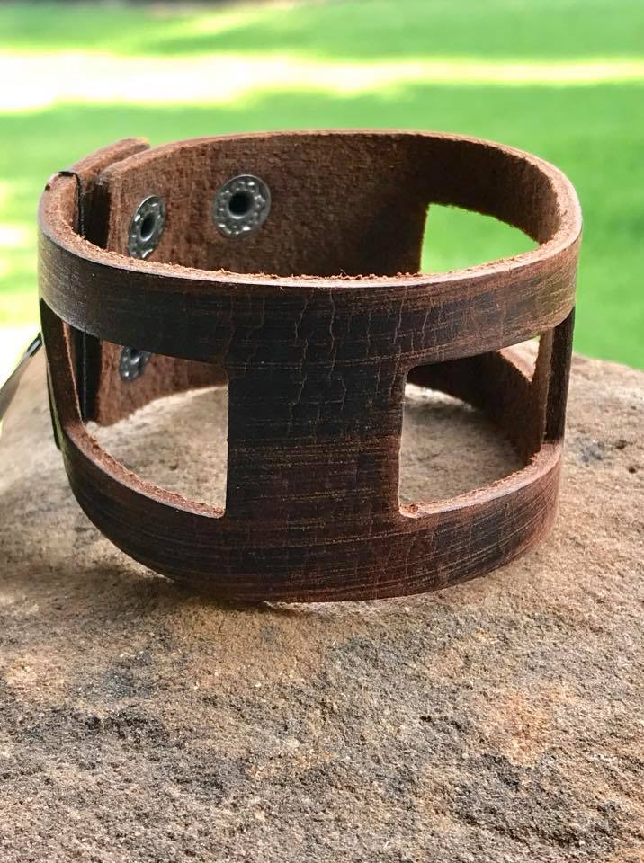 Paparazzi Cut Out Quick Brown Urban Bracelet