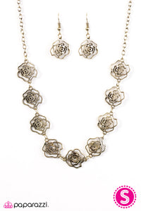 Paparazzi Fleur de Flirt Brass Necklace Set