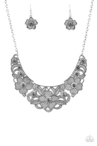 Paparazzi Petunia Paradise Silver Necklace Set
