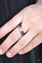 Load image into Gallery viewer, Crowned in a leafy pattern, a dainty gunmetal band arcs across the finger in a seasonal fashion. Features a dainty stretchy band for a flexible fit.  Sold as one individual ring.  Always nickel and lead free.