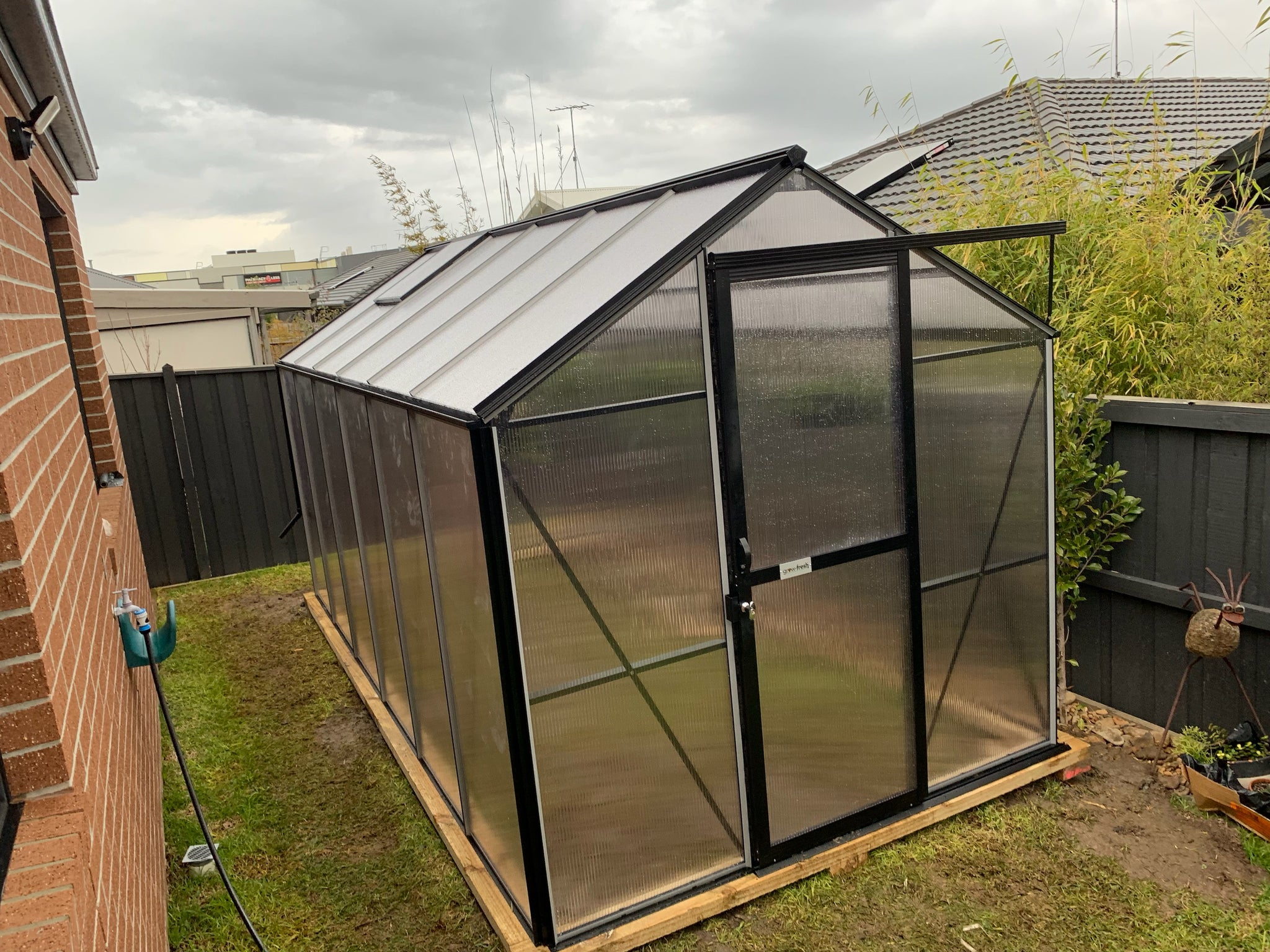 Grow-Fresh Greenhouses- 4500 Windsor Compact (Black)