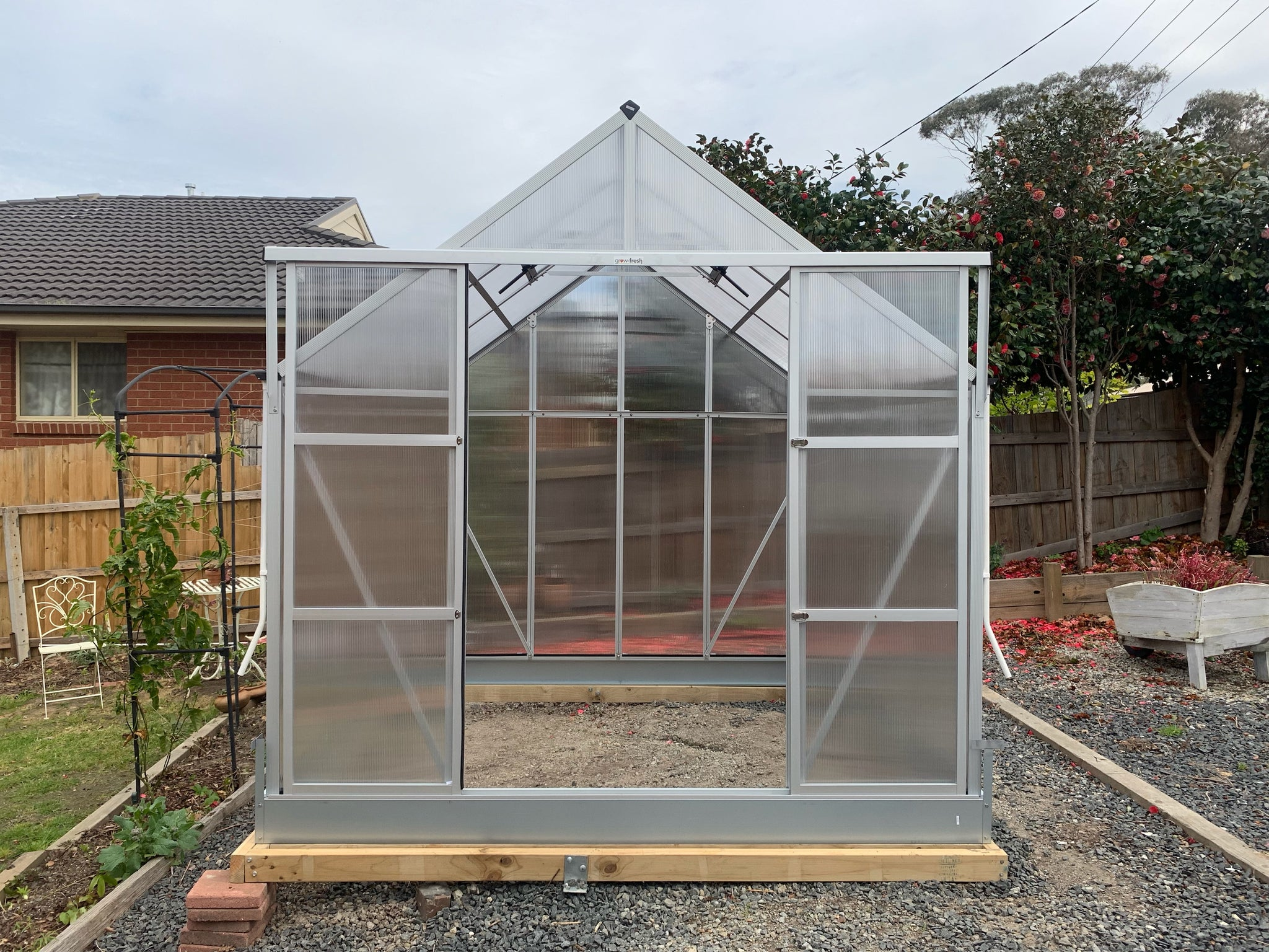 Grow-Fresh Greenhouses Dorset Classic 2200 (Silver)