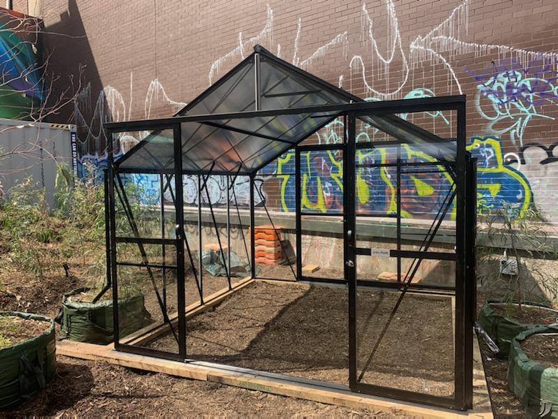 Grow-Fresh Greenhouses Windsor Junior 3000 Glasshouse (Black)