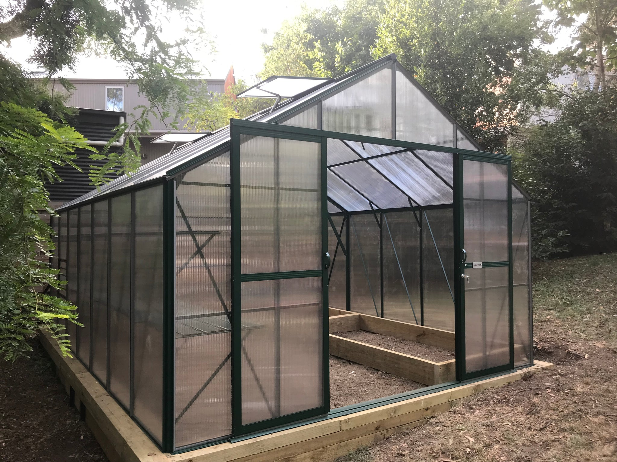 Grow-Fresh Greenhouses Windsor Royale 5200 (Green)
