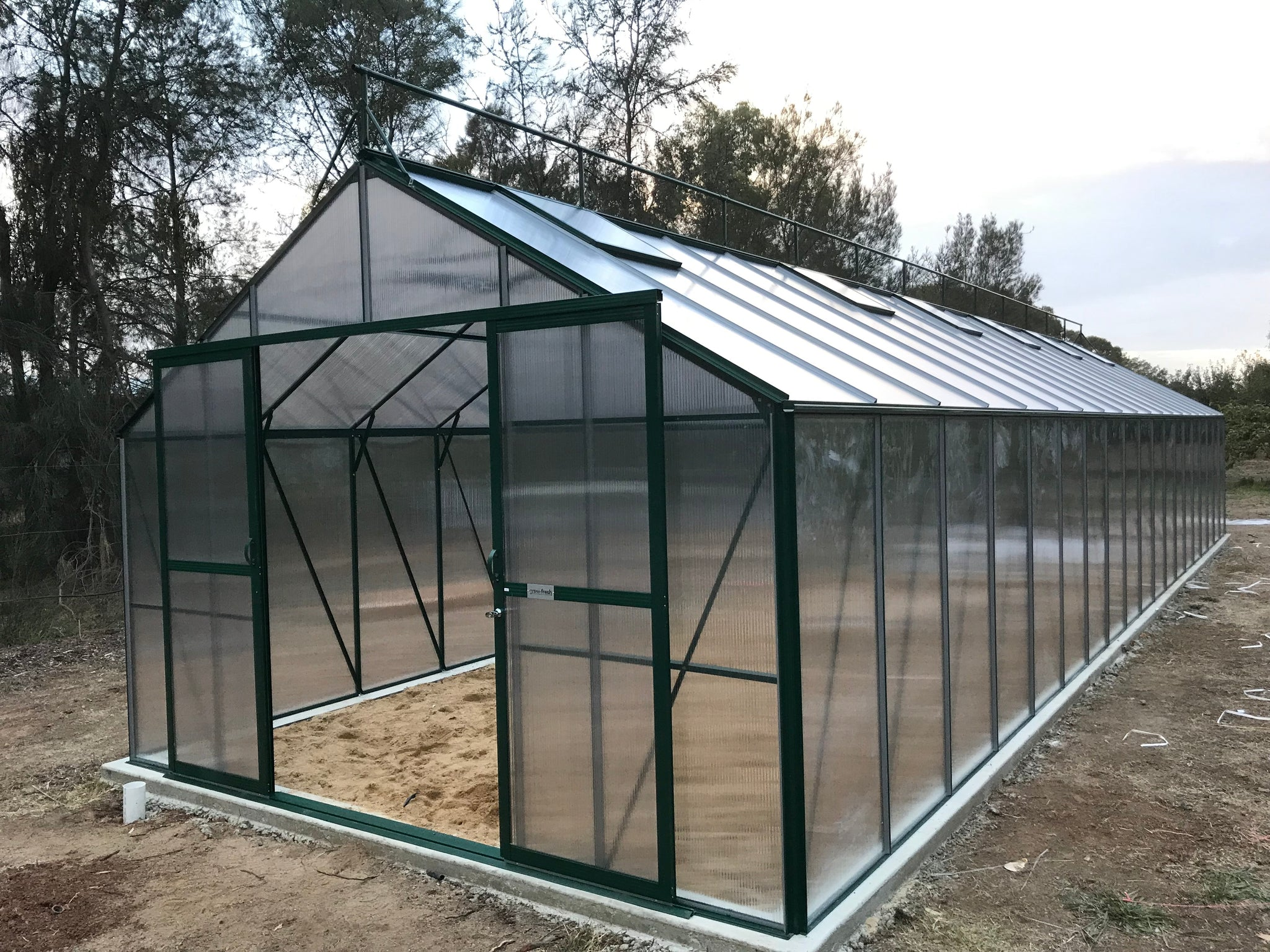 Grow-Fresh Greenhouses Windsor Royale 13800 (Green)