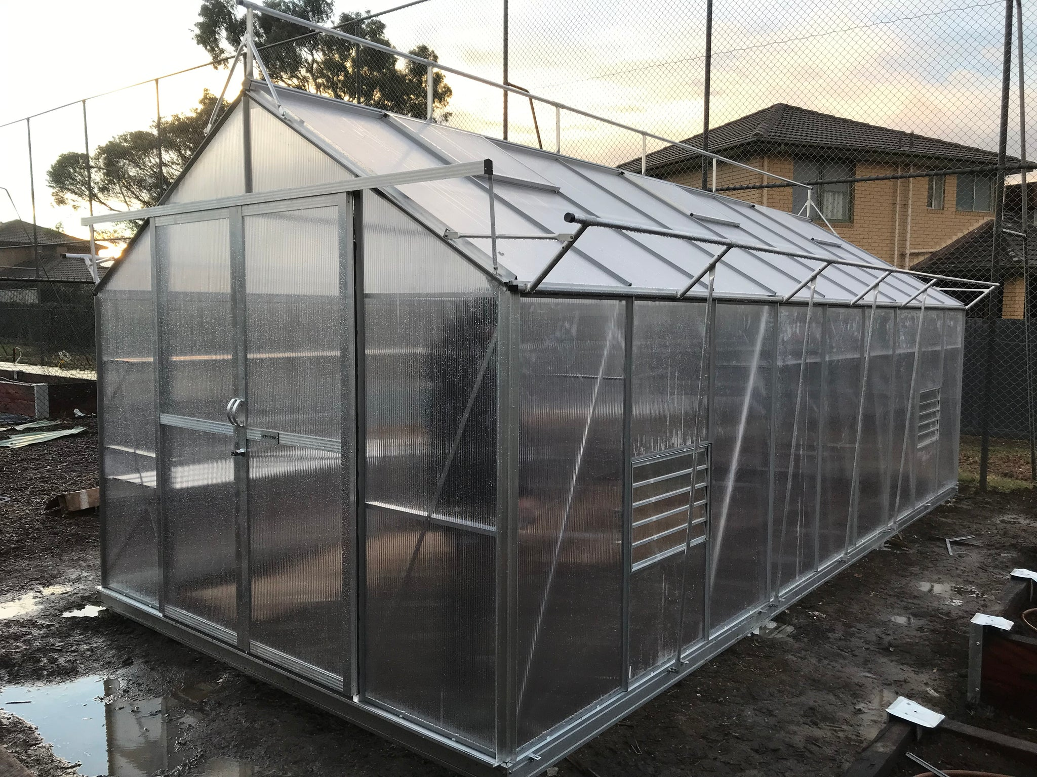 Grow-Fresh Greenhouses Windsor Junior 6600 (Silver)