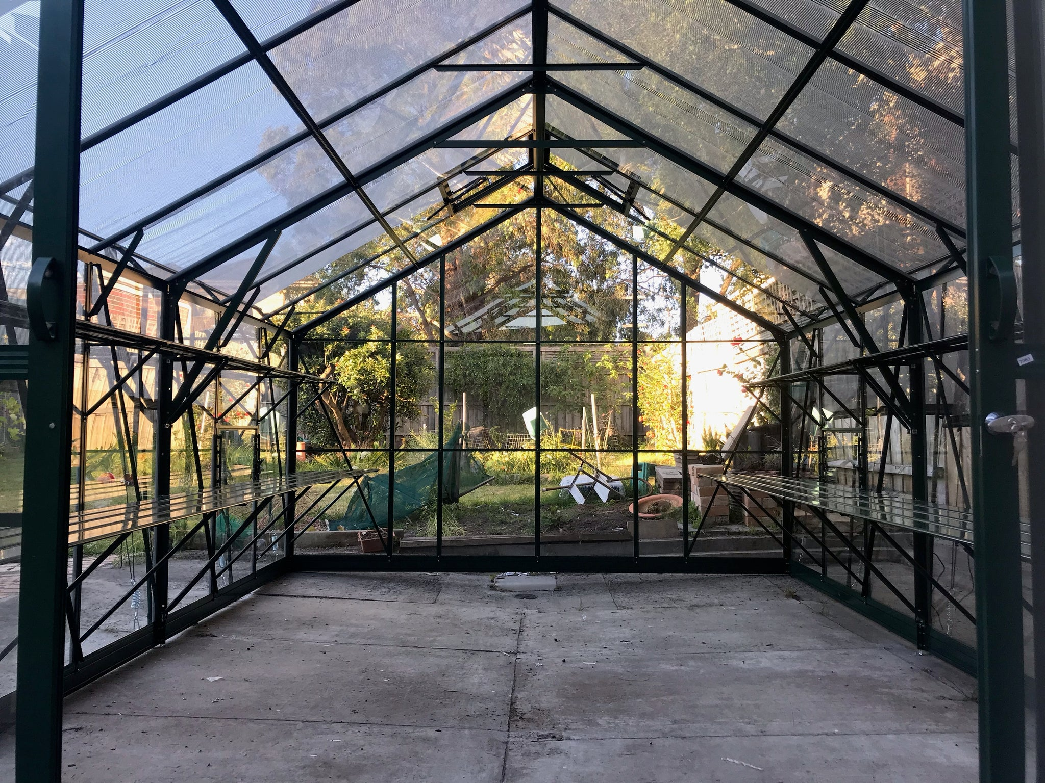 Windsor Royale 3000 Glasshouse- 3.0mLx3.7Wx2.8Hm (9.9x12.1x9.2ft)